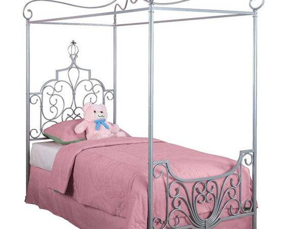 Whimsical Girls Canopy Beds Fit Princess