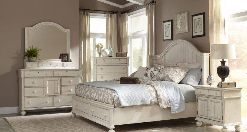 White Bedroomclassic Bedroom Bedrooms Furniture