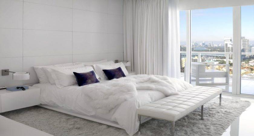 White Contemporary Bedroom Furniture Sets