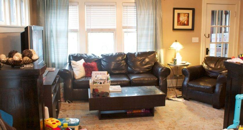 Woman World Living Room Makeover