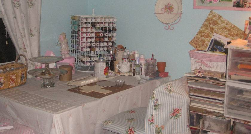 Your Shabby Chic Studio Space Heart